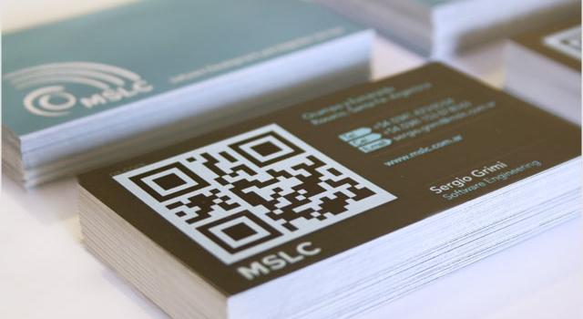 Diseño de tarjetas personales con QR-CODE